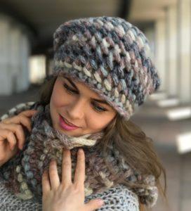 Шапка и шарф с крупной вязкой