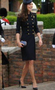 стиль минимализм в одежде Кейт Мидлтн