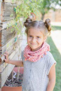 бублики - универсальная прическа для девочки в садик