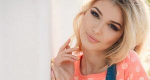 светлый блонд и карие волосы